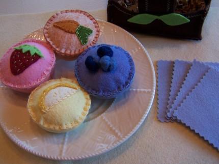 Muffins_basket_napkins